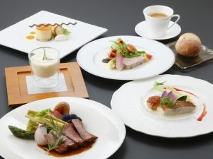 Supper image image Western course meal<br /> Dining venue 2F restaurant